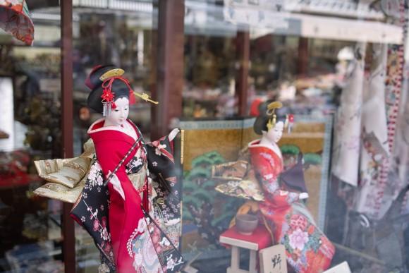 京都美人に見とれるいおりん。